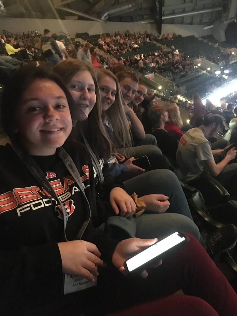 The FFA members enjoying the Old Dominion concert.